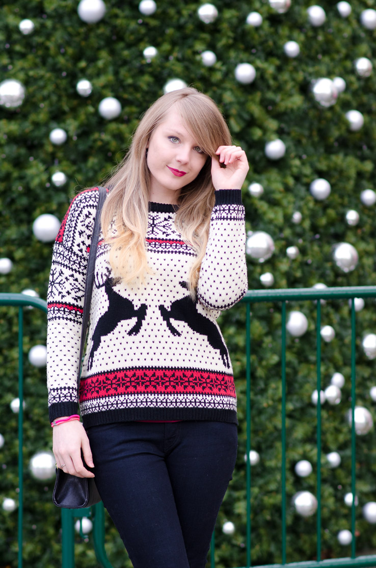 christmas-sweater-jumper-fashion-blogger