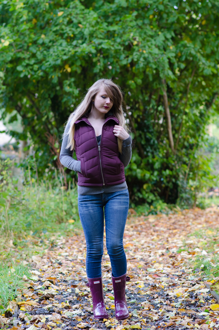 lorna-burford-grey-burgundy-wellies-jeans