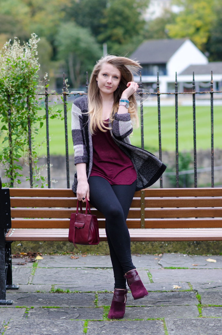 lorna-burford-outfit-sitting-bench