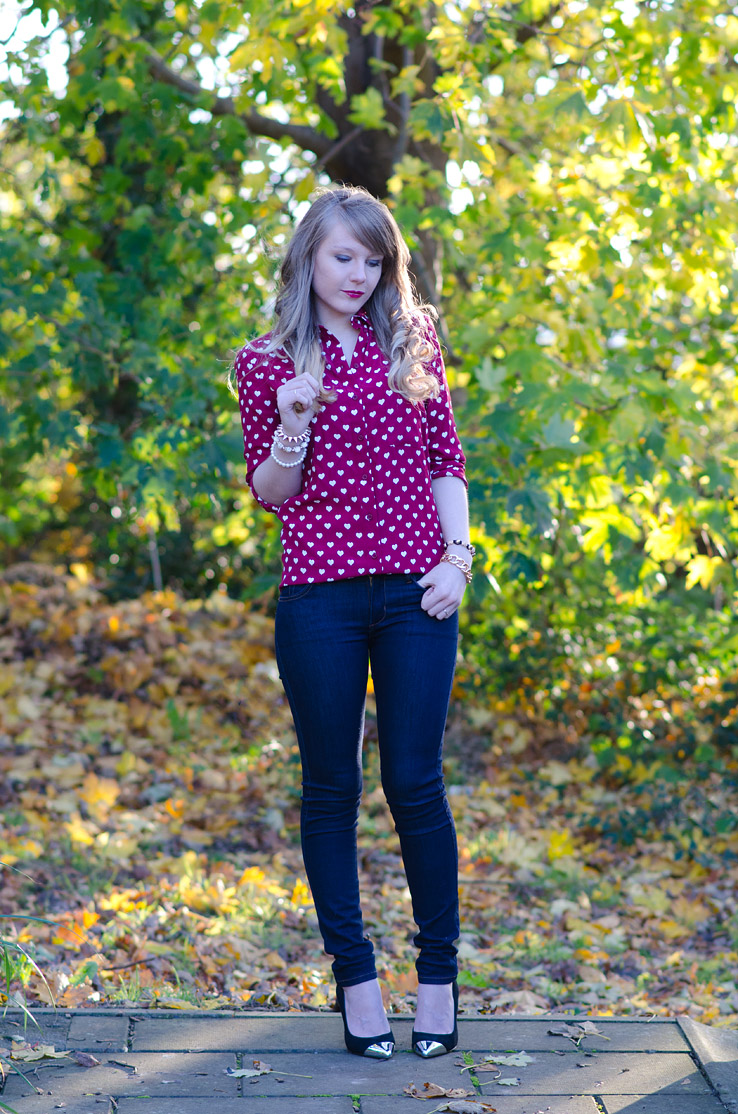 lorna-burford-topshop-red-heart-shirt