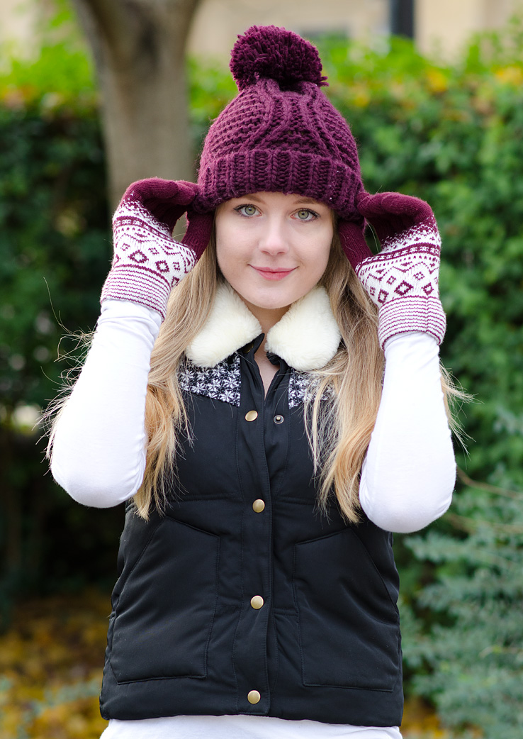 burgundy-fair-isle-gloves-bobble-hat