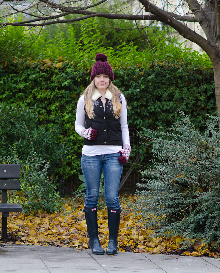 lorna-burford-navy-gilet-hunter-gloss-wellies