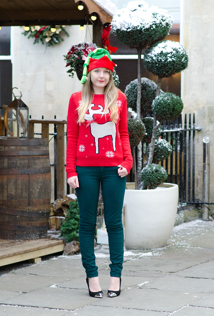 paige-green-paisley-jeans-red-asos-ribbon-reindeer-christmas-jumper