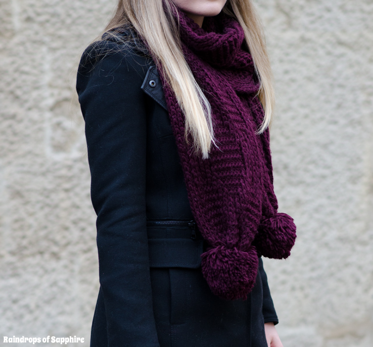 topshop-aubergine-cable-scarf-pom