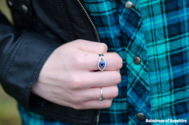 butler-wilson-eye-ring-blue