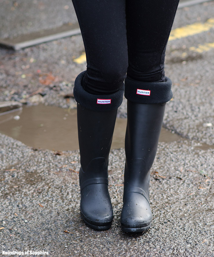 hunter-wellies-black-matte-rain-boots