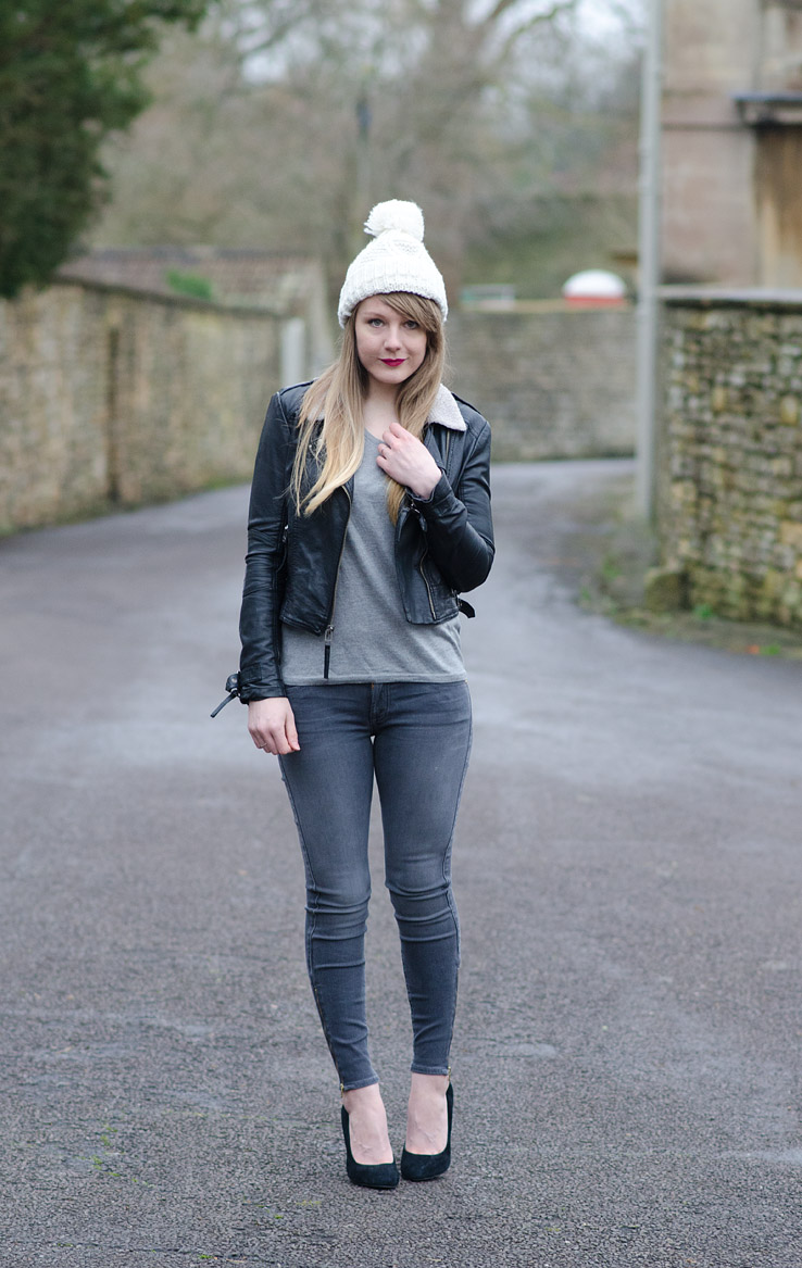 leather-jacket-sheep-shearling-collar-grey-jeans