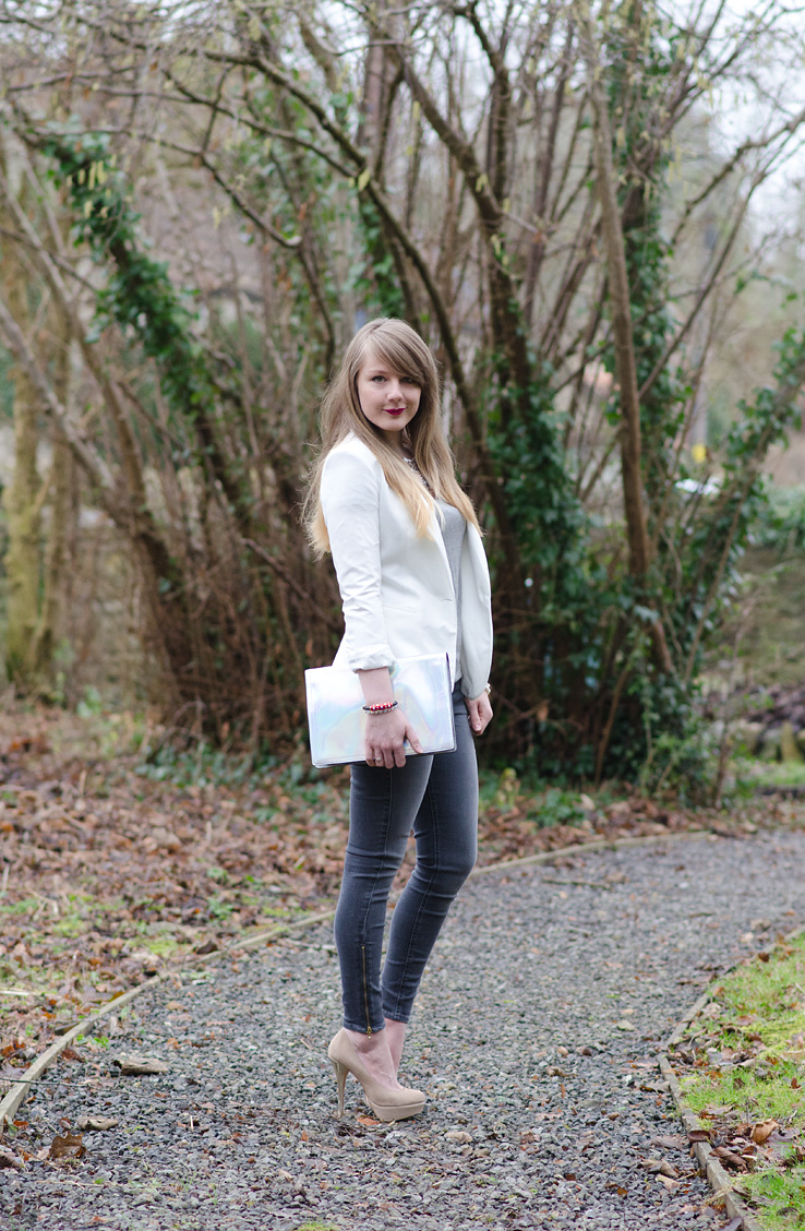 lorna-burford-monochrome-outfit