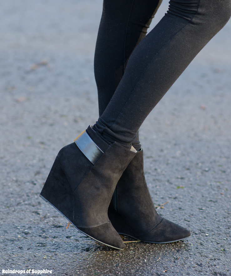 zara-black-wedge-ankle-boots-isabel-marant-style