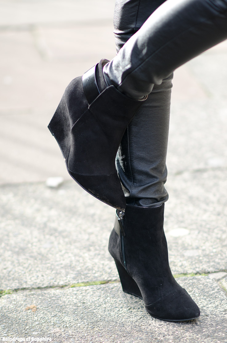 leather-pants-black-boots-isabel-marant-zara