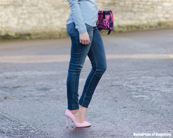 lorna burford girl tight skinny jeans ass curves woman sexy Denim On Denim On Denim