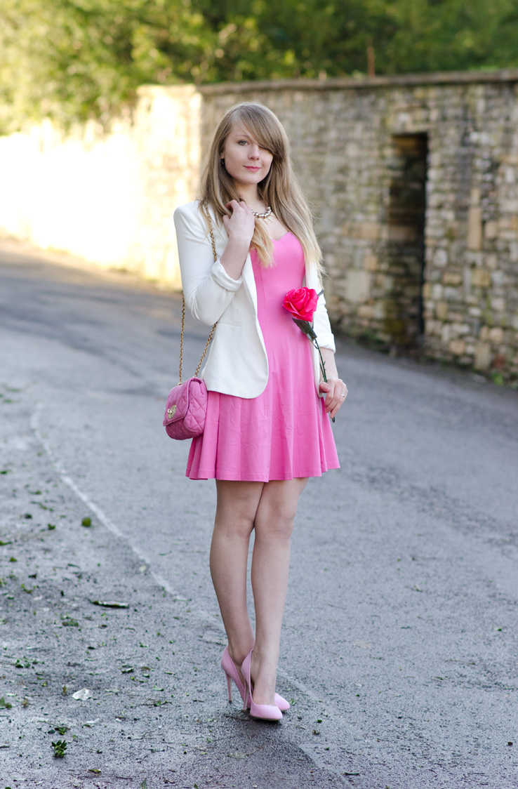 lorna-burford-pink-valentines-outfit