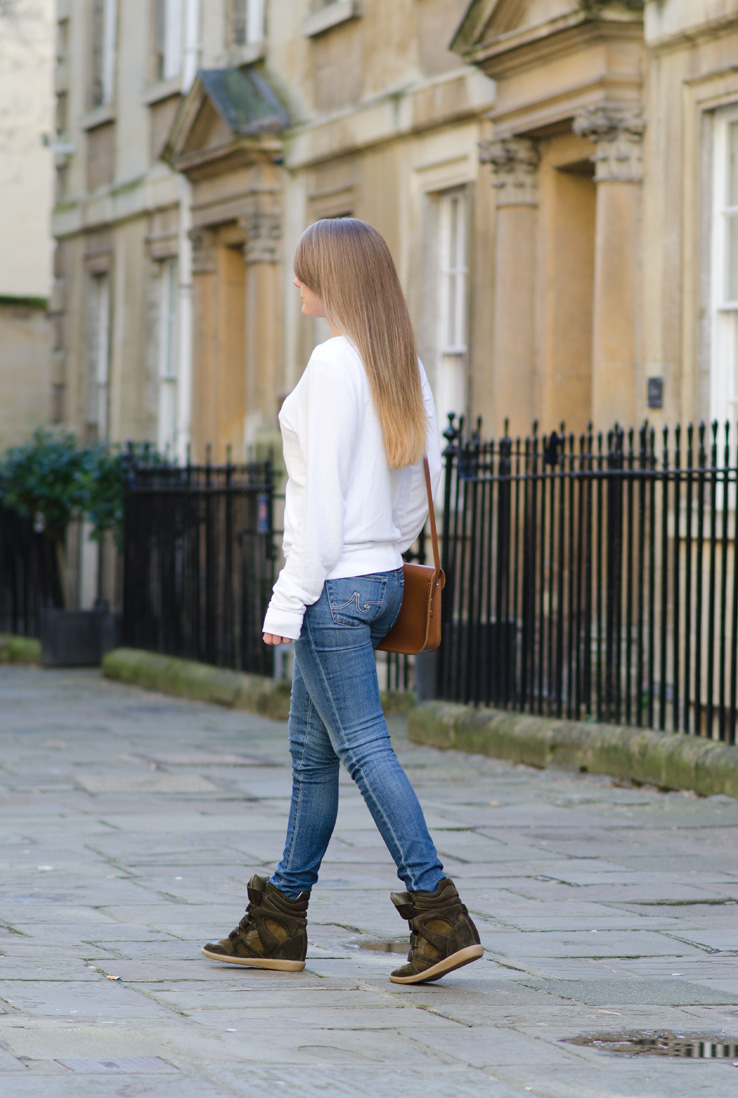 ag-jeans-back-blonde-ombre-hair-long-straight