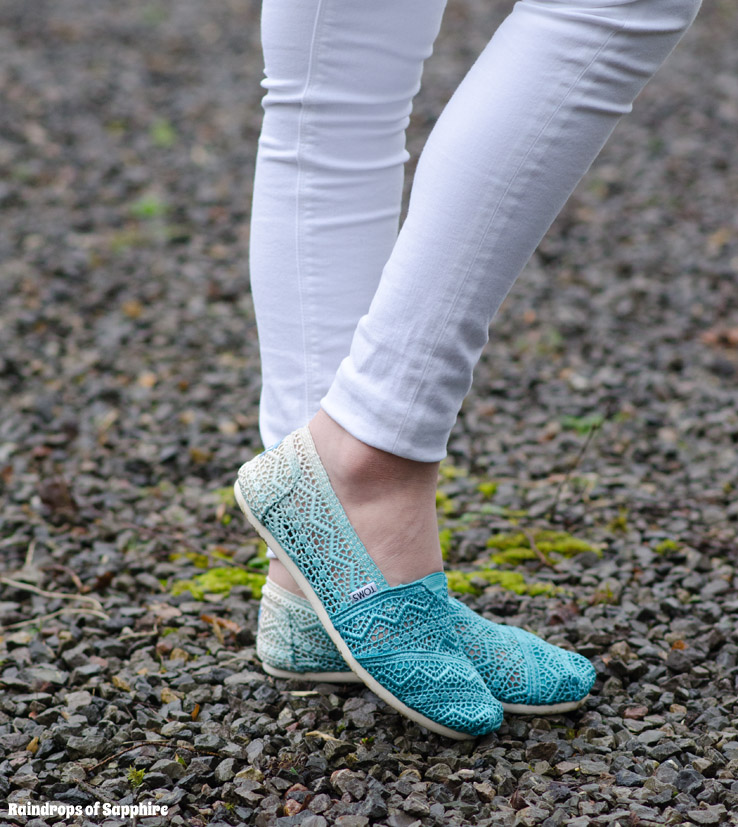 Toms Blue Crochet Shoes
