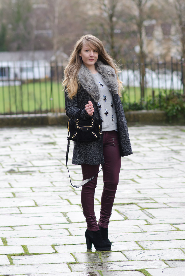 embellished-jumper-sweater-outfit