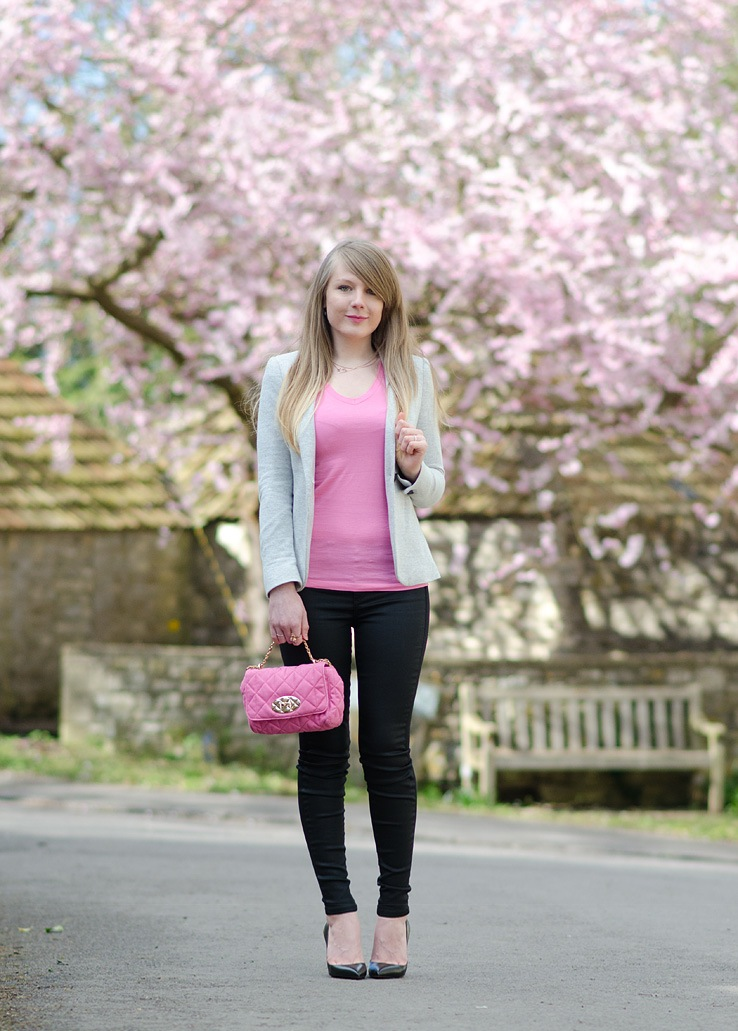 lorna burford uk fashion blogger blossom Under The Pretty Pink Blossom Tree