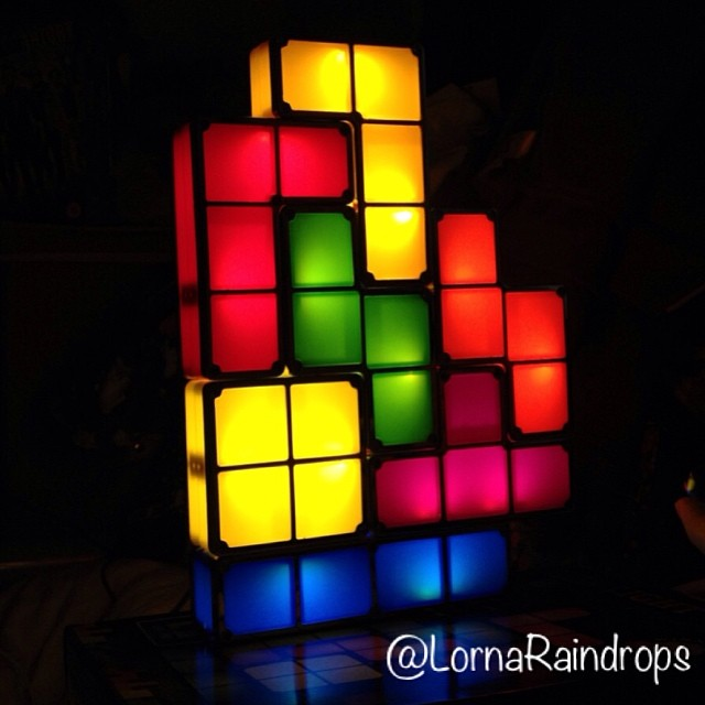 lorna-raindrops-tetris-lights