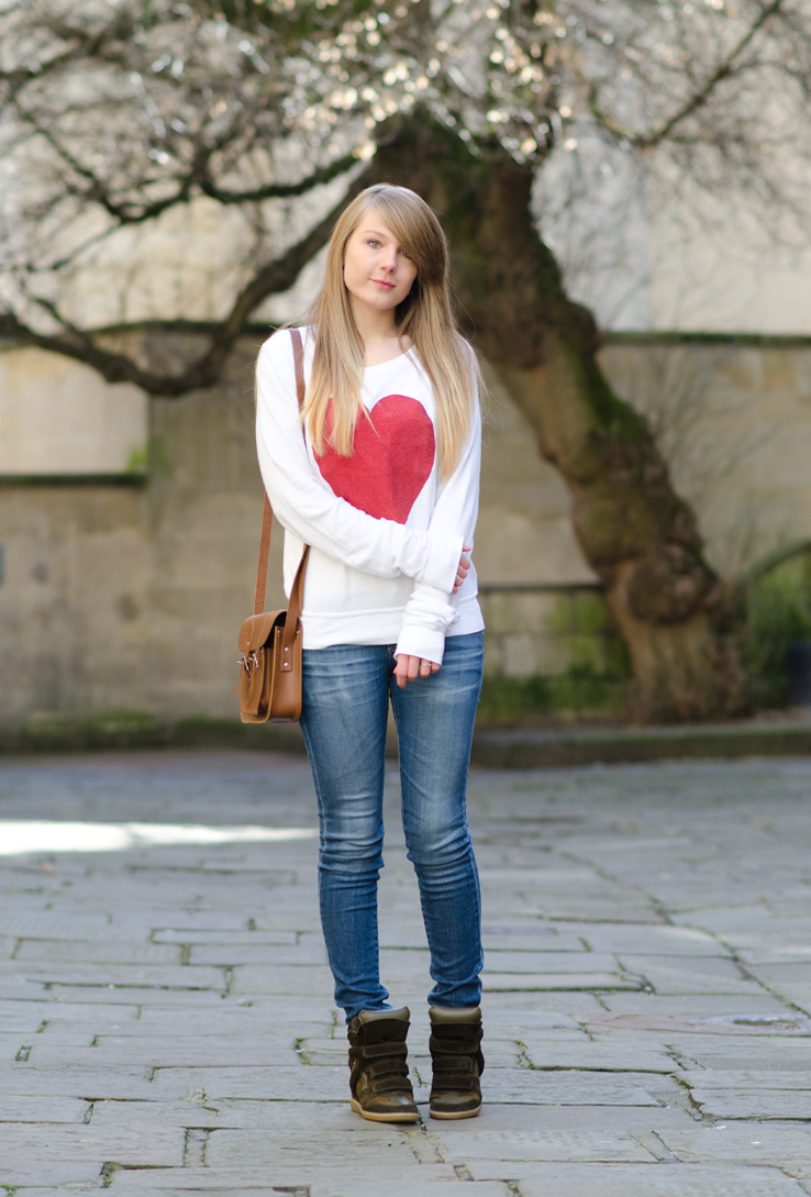wildfox-heart-sweater-with-jeans