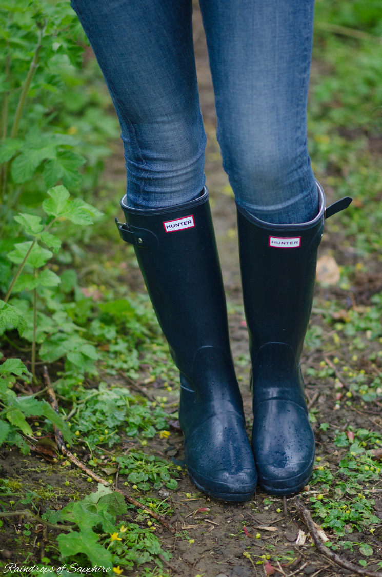 hunter wellies navy gloss Drip, Drip, Drip Little April Showers