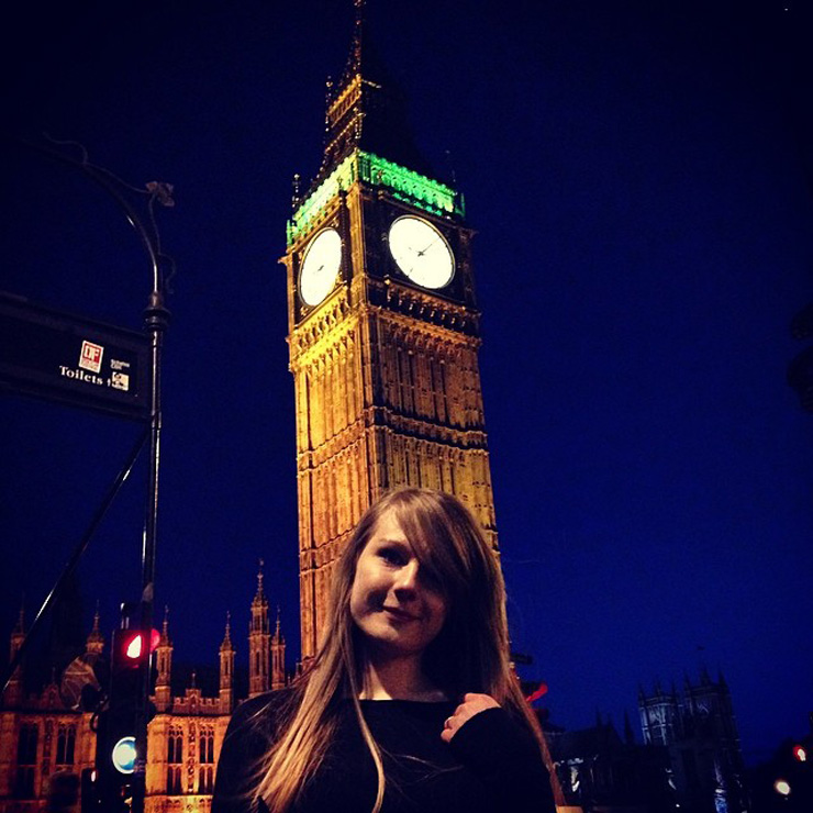 london big ben night selfie My 6 Year Anniversary London Holiday Via Instagram