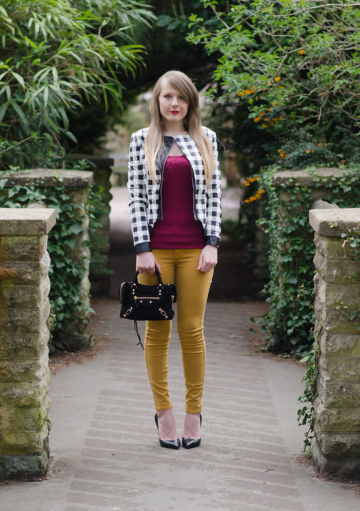 uk-fashion-blogger-mustard-jeans-black-leather-jacket