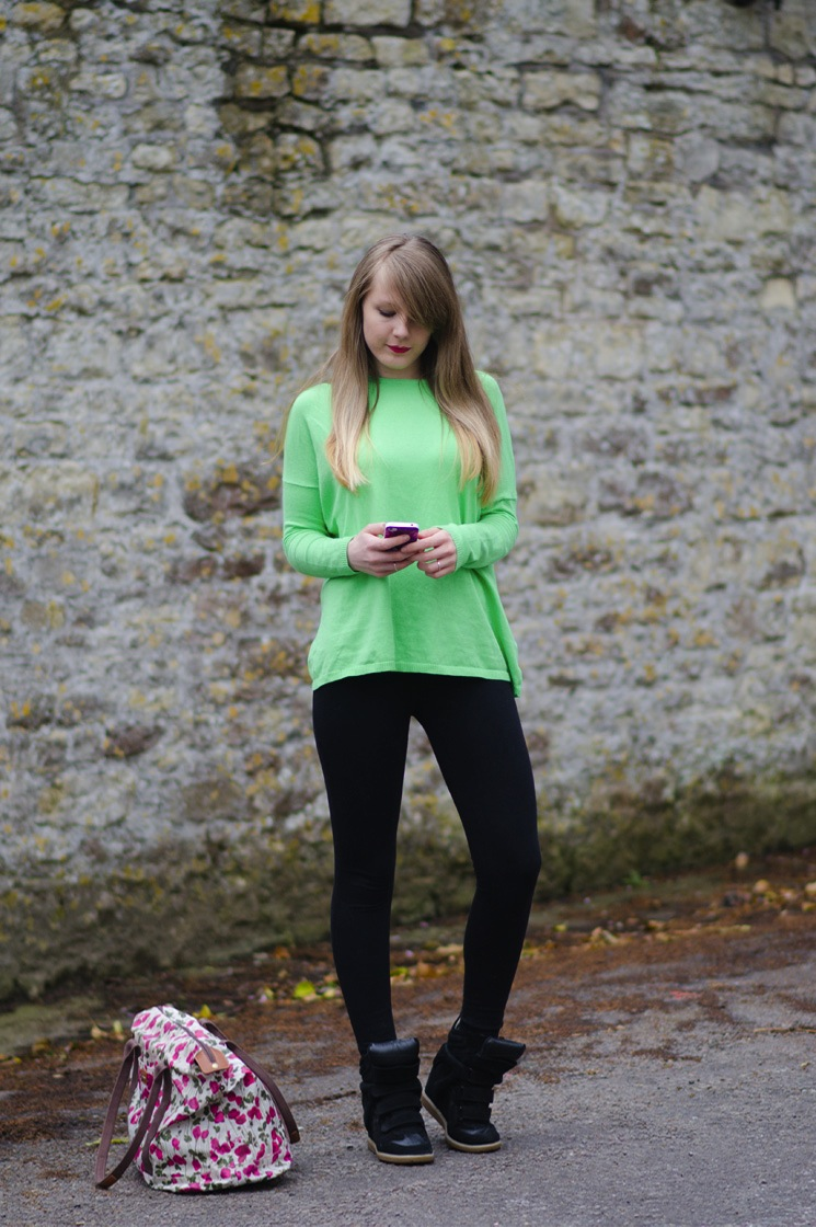 lorna burford tight leggings outfit Simply Green & Black