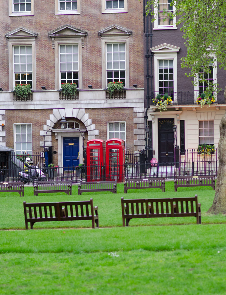 sloane square park Outfits, Sightseeing & More From London