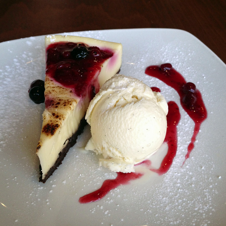 la-vella-cheesecake-raspberry
