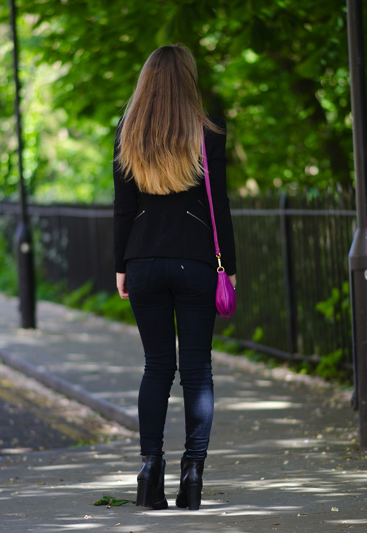 long-blonde-ombre-dip-dye-hair-jeans-tight-skinny