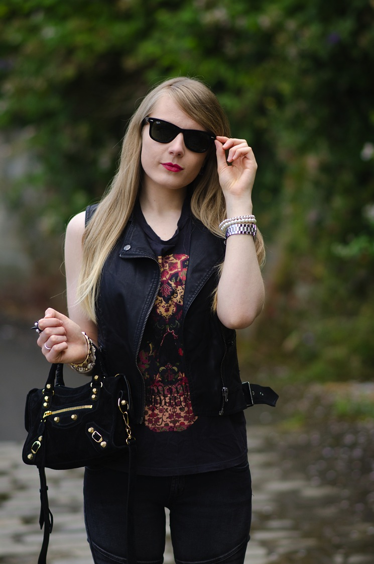 skull-floral-lace-tee-leather-vest