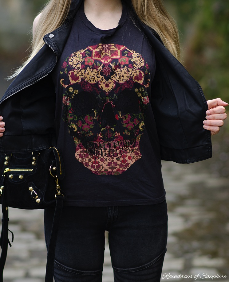 truly-madly-deeply-floral-skull-lace-t-shirt