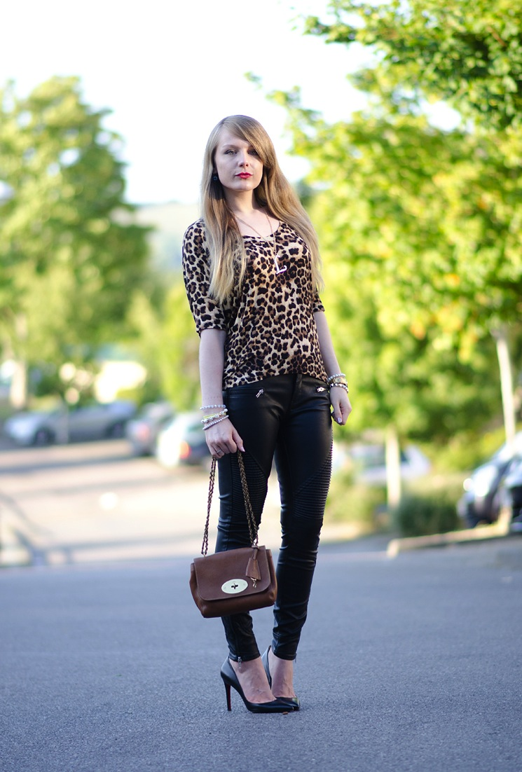 black-leather-moto-jeans-pants-leopard-top