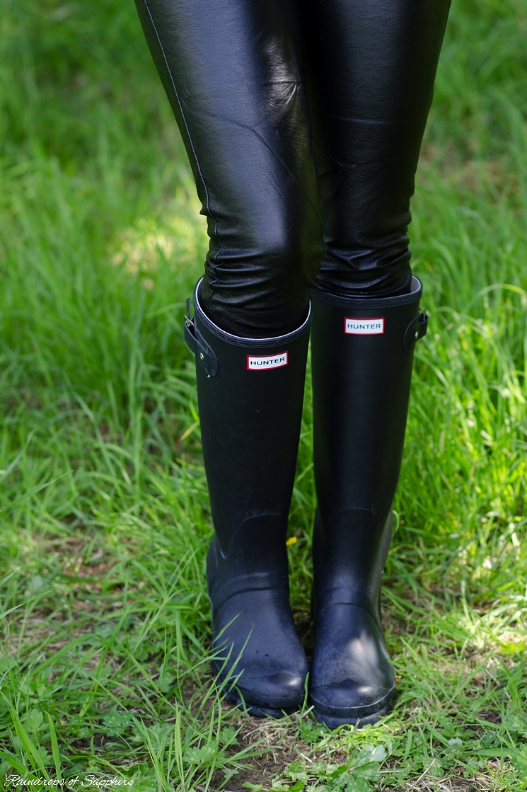 my hunter welliesrain boots collection raindrops of