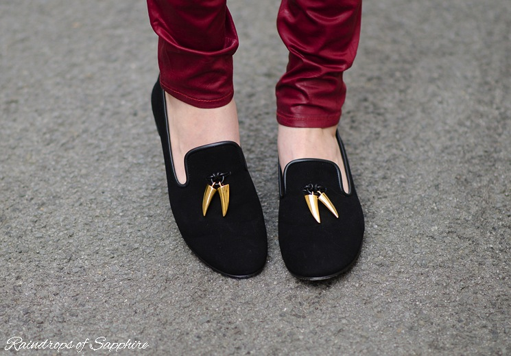guiseppe-zanotti-black-tooth-horn-loafers