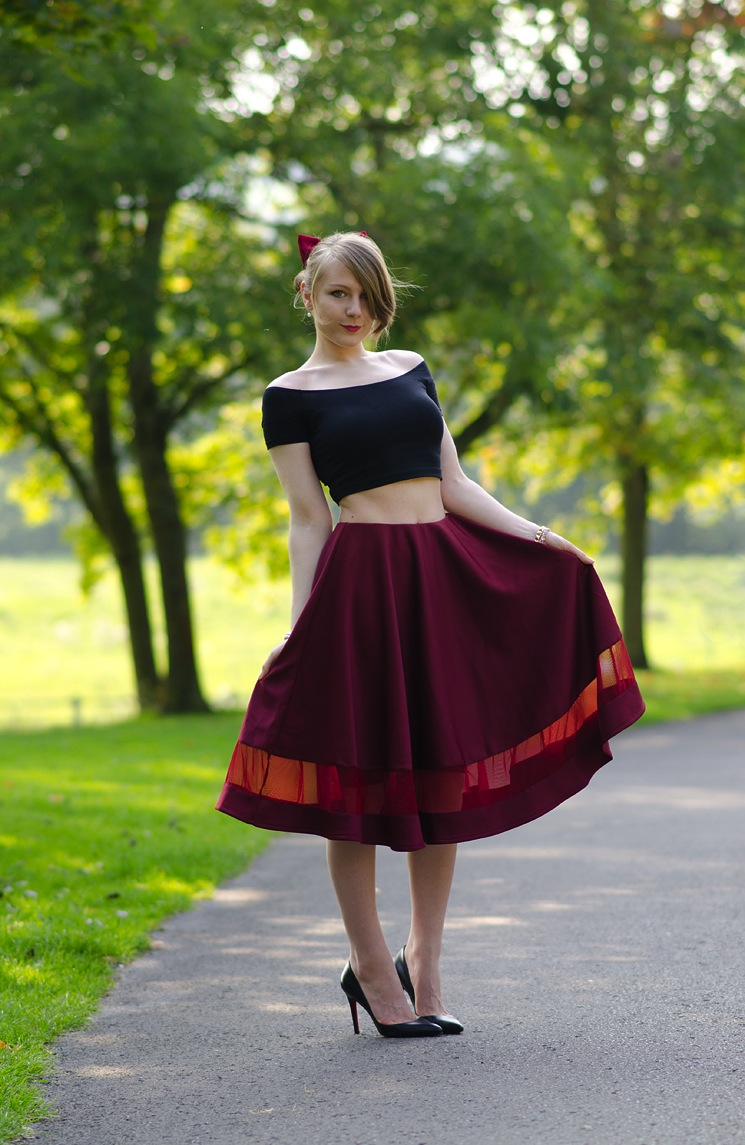 50s-fiftys-burgundy-full-skirt