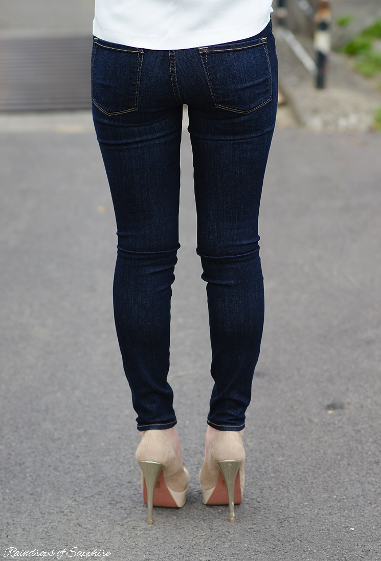 frame-denim-skinny-jeans-tight-butt