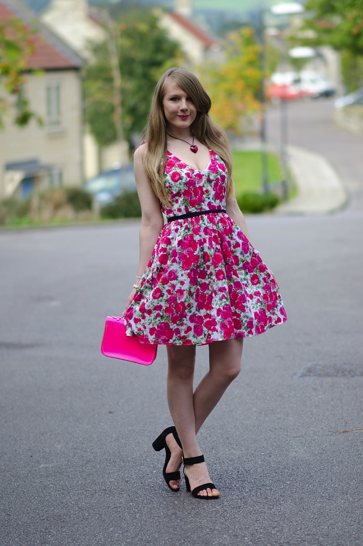 lorna burford floral dress pink The Summer Dress With The Pink Roses
