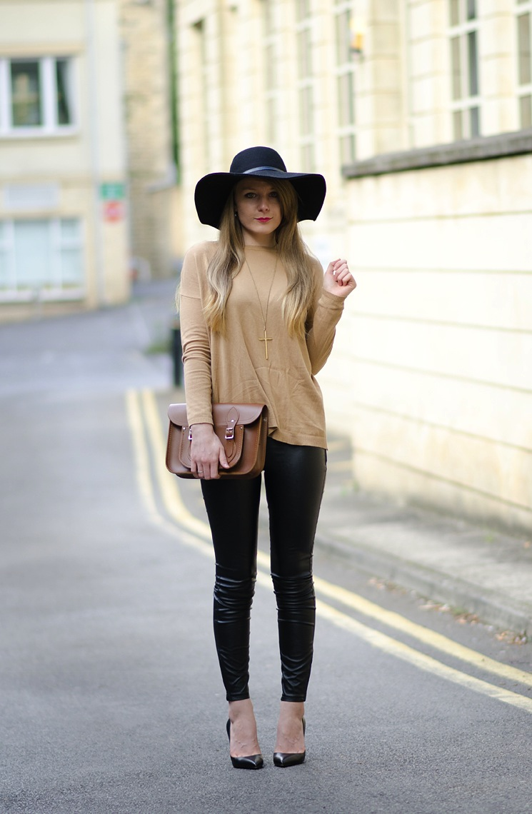 vintage-inspired-fashion-blogger-outfit