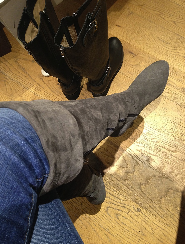 duoboottribe-duo-boots-event-bloggers-bath-dita-grey