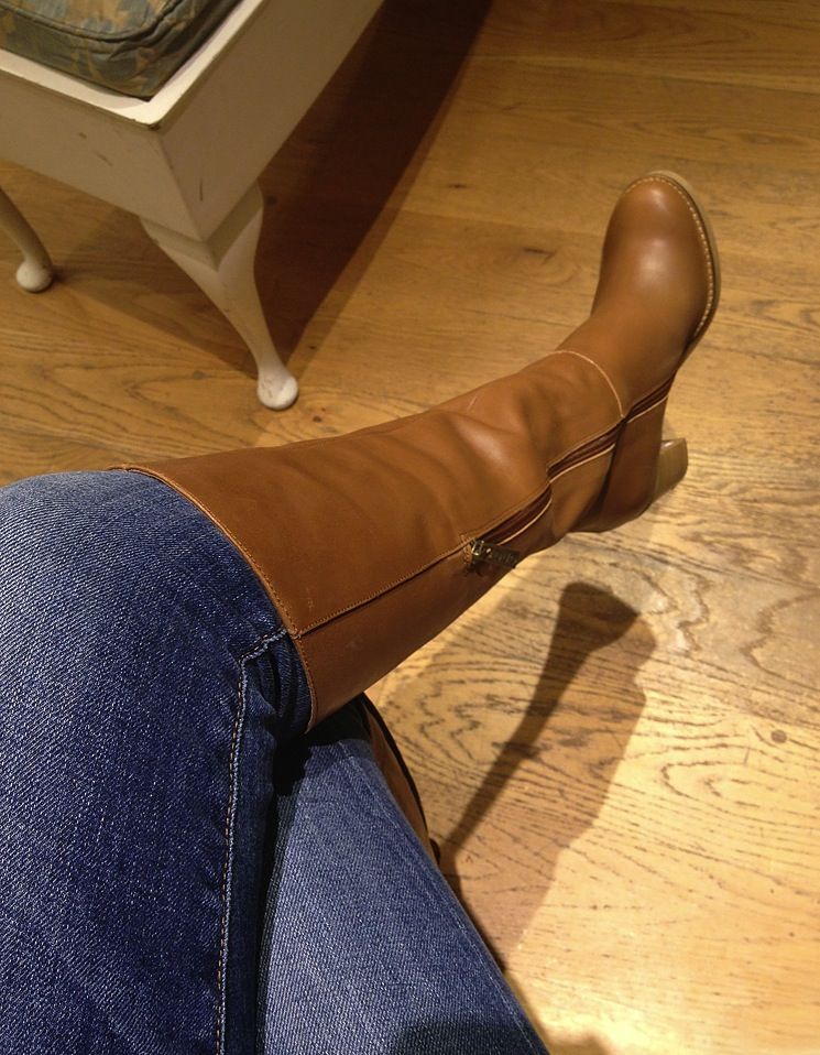 duoboottribe-duo-boots-event-bloggers-bath-tan-enola-brown