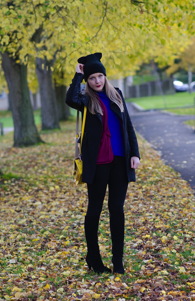 zara-black-coat-duo-boots-blogger-outfit