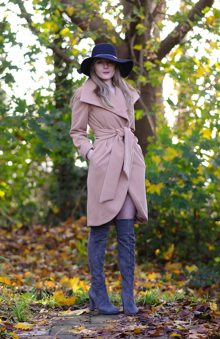 40s-coat-wrap-tie-with-over-knee-boots-how-to-style