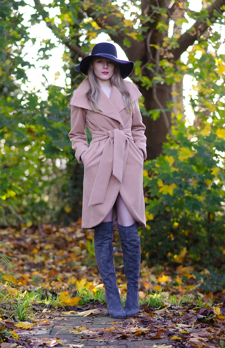 lorna-burford-styling-buffalo-40s-coat