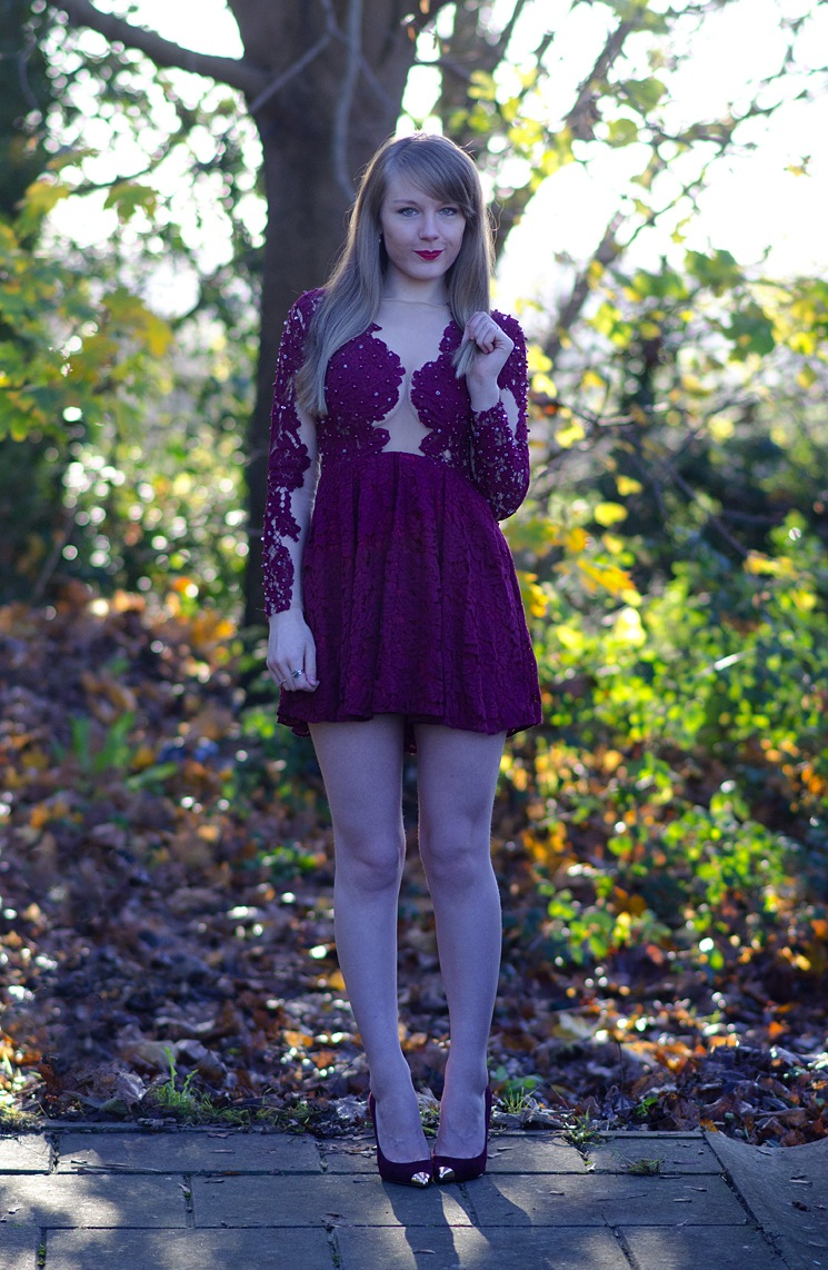 lace-opulence-dress-blogger-rare