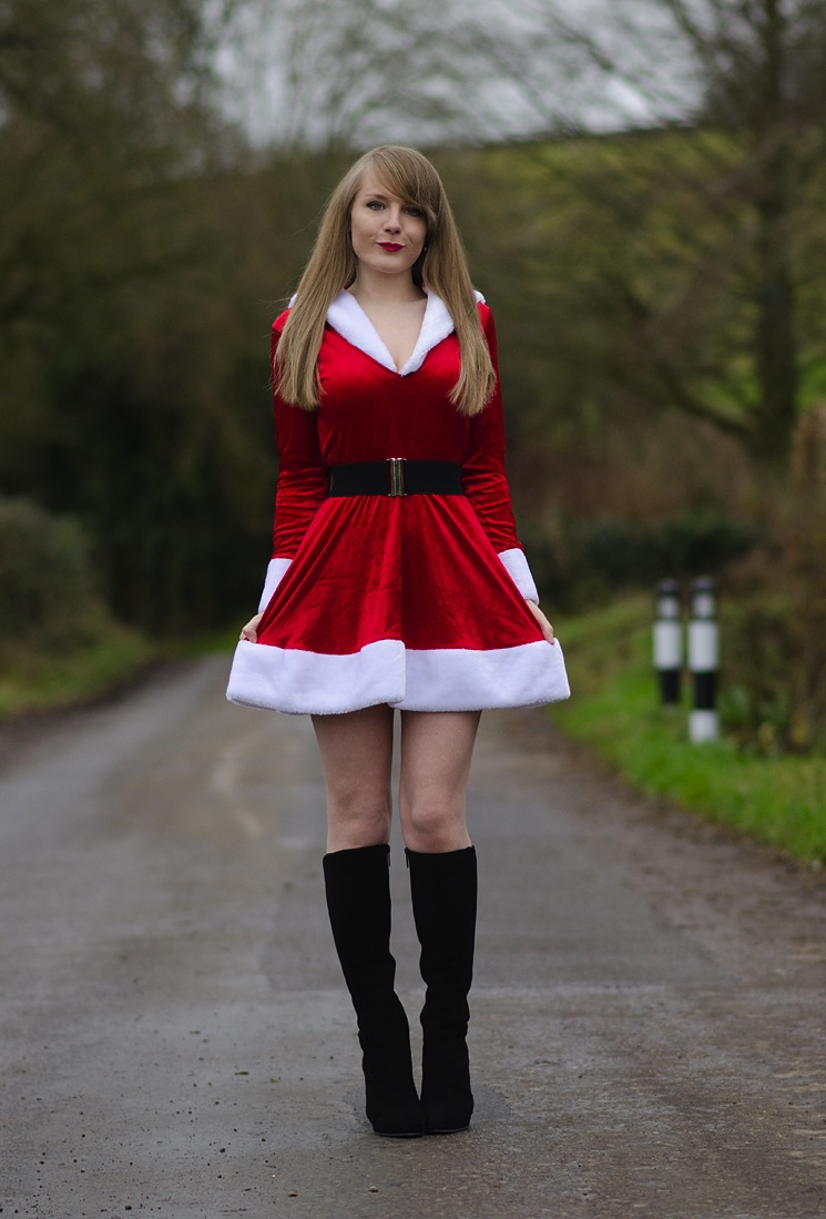 sexy-santa-red-skirt-costume