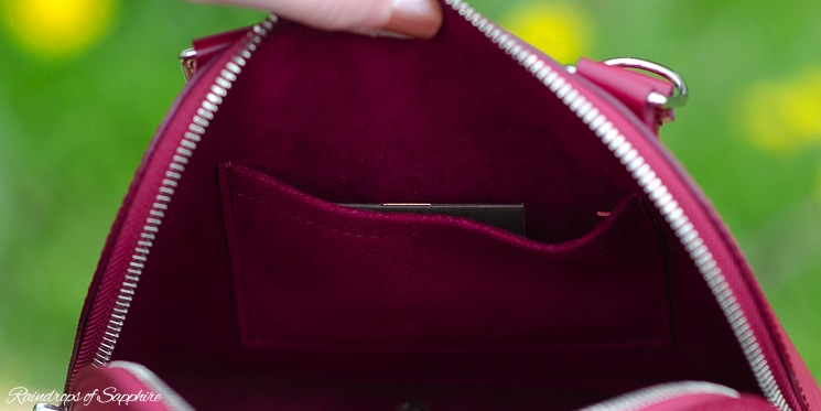louis-vuitton-alma-bb-epi-leather-fuchsia-bag-review-7