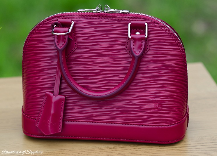 louis-vuitton-alma-bb-epi-leather-fuchsia-bag-review