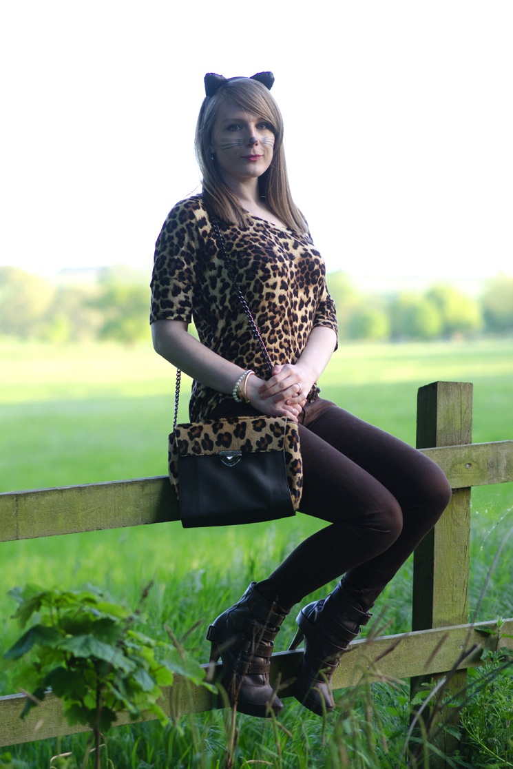 leopard-outfit-halloween