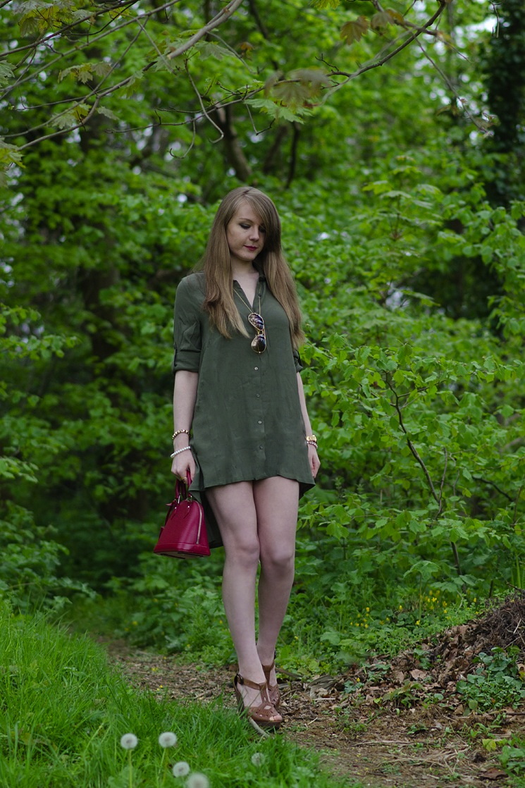 uk-fashion-blogger-shirt-dress-outfit
