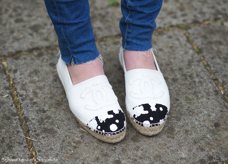chanel-black-white-fabric-splatter-espadrilles